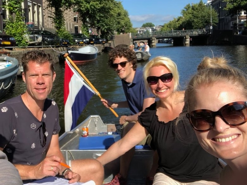 Zelf bootje varen Amsterdam