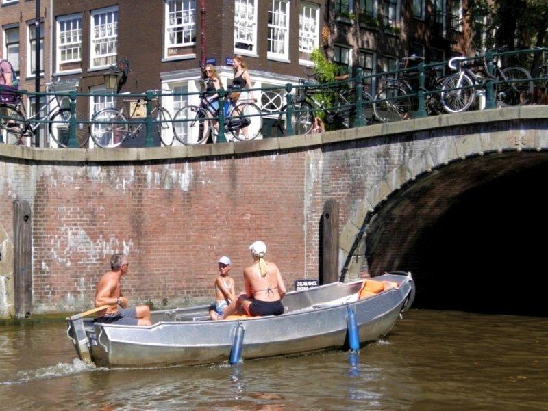 Goedkoop bootje huren Amsterdam