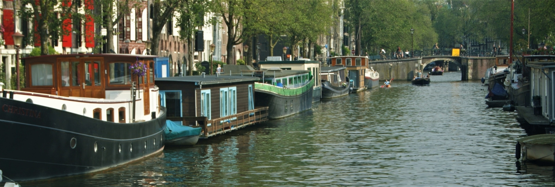 Rent Houseboat Amsterdam