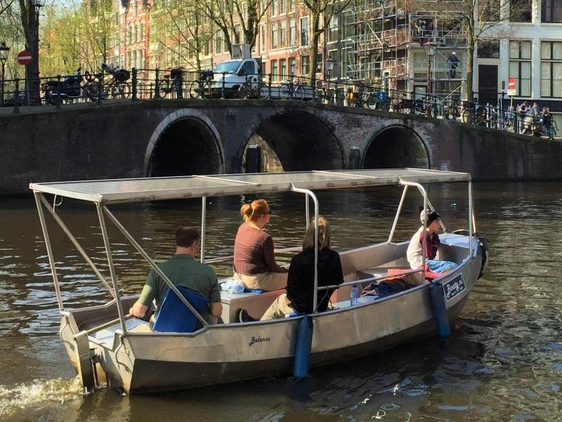 Amsterdam boot mieten mit Dach
