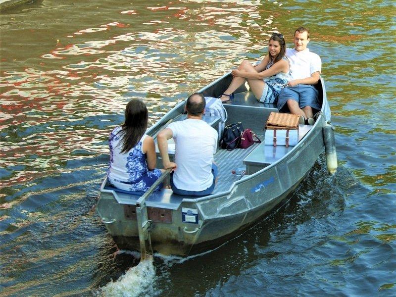 Hire boat Amsterdam