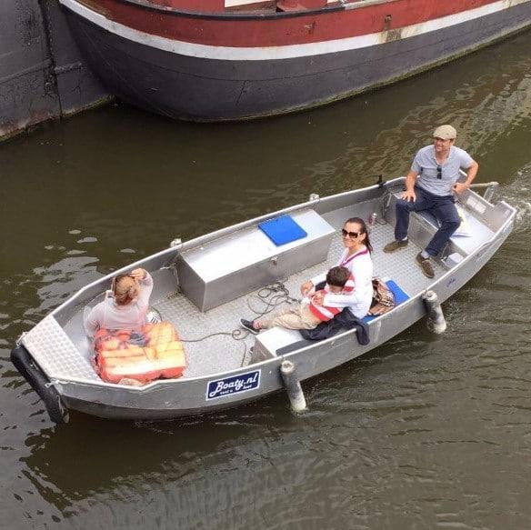 rental boat amsterdam
